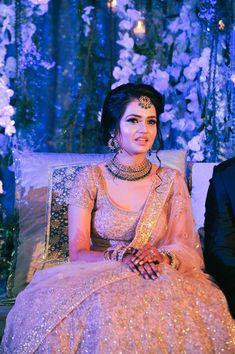 Mumbai weddings Beautiful pastel lehenga with emerald green jewellery Bridal Hairstyle Indian Wedding, Indian Bridal Photos, Indian Wedding Gowns, Indian Wedding Planning, Indian Bridal Outfits, Marathi Wedding, Bridal Pictures, Punjabi Wedding, Indian Weddings