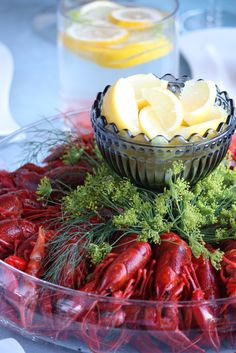 Rapujuhlat / kraftskiva / crayfis party Crawfish Party, Seafood Boil Party, Fish And Seafood, Summer Recipes, Holiday Recipes, Swedish Cuisine, Seasonal Celebration, Swedish Recipes, Summer Parties