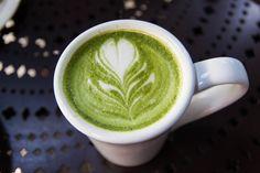 Matcha Latte Green Tea Drinks, Drinking Tea, Matcha, Latte, Tableware, Food, Dinnerware, Dishes, Eten