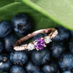 It may still be spring but we're getting ready for a summer of sparkle with this gorgeous rose gold and amethyst ring! Link in bio. . . . #jewelry #summer #rosegold #amethyst #diamond #engagementring #rosegoldring #pretty #photography #instadaily #fashion #accessories #trends #purple #promisering #gifts #couples #relationshipgoals