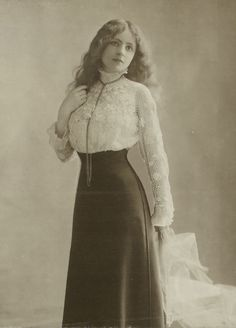edwardian era blouses at DuckDuckGo Moda Vintage, Vintage Mode, Vintage Girls, 1900s Fashion, Edwardian Fashion, Vintage Fashion, Edwardian Dress, Vintage Outfits, Vintage Dresses