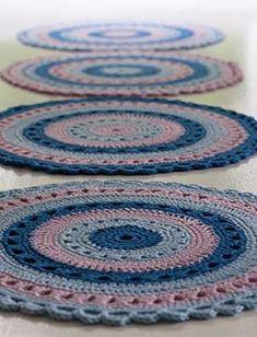 Crochet Carpet, Knit Crochet, Catania, Learn To Crochet, Mandala, Patches, Learning, Knitting, Crocheting
