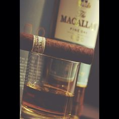 #ShareIG Whisky and cigars #whisky #whiskey #cigar #cigars #cigarsclub #beverage #relax #relaxing #luxury #living #lifestyle #class #clasy #style #followus