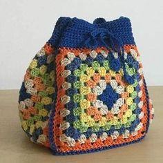 Transcendent Crochet a Solid Granny Square Ideas. Inconceivable Crochet a Solid Granny Square Ideas. Free Crochet Bag, Crochet Purse Patterns, Crochet Shell Stitch, Crochet Tote, Crochet Handbags, Love Crochet, Crochet Crafts, Easy Crochet, Crochet Baby