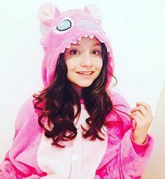 Bora,Dormir?! Emily Mena, Sou Luna Disney, Cisneros, Argentine, Son Luna, How To Speak Spanish, Disney Channel, Youtubers, Marie