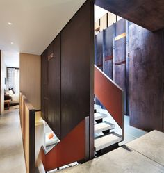 Inverted Warehouse-Townhouse,© Paul Warchol