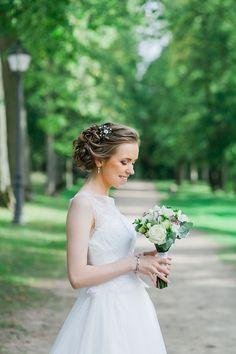 lovely shabby chic bride