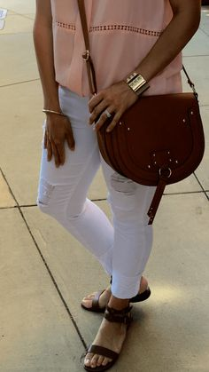 Blush + Ripped Denim | how to style a crossbody bag | white jeans outfit | spring style | spring fashion | styling for spring and summer | warm weather fashion | style ideas for spring | fashion tips for spring || The Flexman Flat