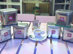 Café solo Illy.