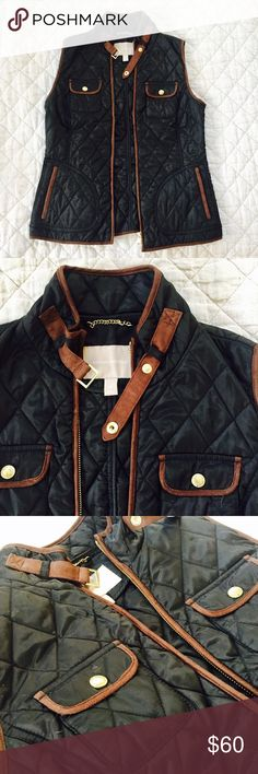 Banana Republic quilted vest Black and brown quilted vest, loose fitting, gold accents. There's a small stain on the back but it's not very visible. Will take offers! Banana Republic Jackets & Coats Vests