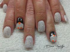 penguin gel nails @Anja Kuhn Nace