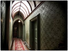 Tyntesfield - neo Gothic house in Bristol. I love the arched hallway skylight! Gothic Interior, Mansion Interior, Interior And Exterior, Gothic House, Victorian Gothic, Mansion Bedroom, Modern Mansion, Gothic Architecture, Architecture Exam