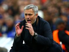 Manchester United boss Jose Mourinho 'victim of attempted burglary in London home'