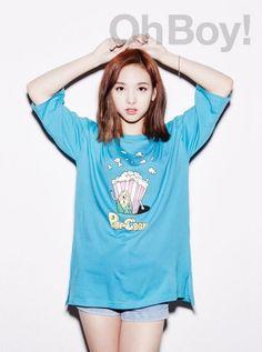 Twice - Nayeon Kpop Girl Groups, Korean Girl Groups, Kpop Girls, Extended Play, K Pop Idol, The Band, Jihyo Twice, Chaeyoung Twice, Nayeon Twice
