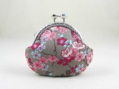 Floral cotton coin purse, cotton coin pouch, kiss lock purse, womens coin pouch, framed purse by JRsbags on Etsy