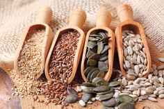 Edible seeds add more than just texture and flavor to foods. But its not just the only reason to eat them. Seeds naturally contain fiber, healthy fats and even Sunflower Seeds Nutrition, Healthy Fats, Healthy Eating, Seed Cycling, Detox Kur, Healthy Seeds, Roasted Pumpkin Seeds, Pomegranate Seeds, Hemp Seeds