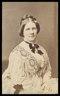 Singer Jenny Lind War Photography, Vintage Photography, Old Photos, Vintage Photos, Jenny Lind, Civil War Fashion, Music Composers, Daguerreotype, Opera Singers