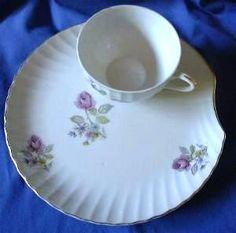 Decorative Dishes - Vintage Roses Shell Shape Snack Set, $8.99 (http://www.decorativedishes.net/vintage-roses-shell-shape-snack-set/)