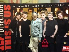 Your Epic Photo For Today: Ian McKellen Joins One Direction