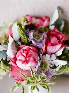 new-orleans-french-quarter-wedding-pink-purple-peony-bouquet
