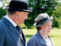 Phyllis Logan Mrs Elsie Hughes Jim Carter Mr Charles Carson Downton Abbey Series Season 5.8