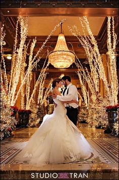 Whimsical Roosevelt Hotel during Christmas with gorgeous couple wedding-favs