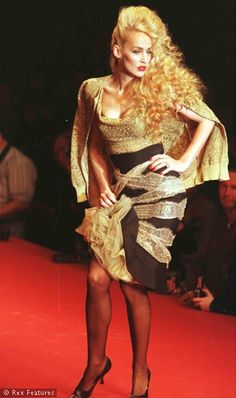 1996 - Vivienne Westwood show - Jerry Hall