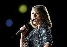SYDNEY AUSTRALIA NOVEMBER Taylor Swift performs during her '1989' World Tour at ANZ Stadium on November 28 2015 in Sydney Australia