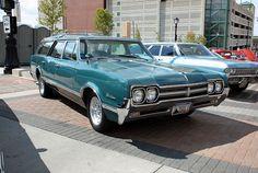 1966 Olds Vista Cruiser | 1966 Oldsmobile Vista Cruiser Station Wagon (1 of 2) | Flickr - Photo ...