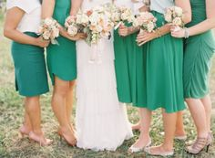 Emerald Bridesmaids 550x404 Color of 2013: Emerald Wedding Ideas