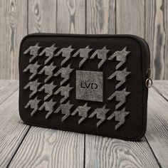 "Lola Victoria Design - Etui na tablet 10"" i iPad lub mała torebka na suwak. Model FELT CHEERF"
