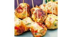 Recipe Thai chicken balls by hsyred, learn to make this recipe easily in your kitchen machine and discover other Thermomix recipes in Starters. Savory Snacks, Healthy Snacks, Healthy Recipes, Thai Cooking, Cooking Recipes, Thai Appetizer, Chicken Balls, Thai Chicken, Finger Food