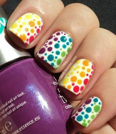 pockadot nails!!!!!!!!!!!!!!!!!!!!!!!!!!!!!!!! IN LOVEWITH THE NAILS.........................................