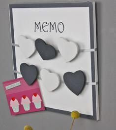 Memoboard weiß schwarz Herz Klammern Wandrahmen Newsholder Memo Holz Wandboard im Elbmöbel Online Shop