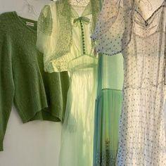 Fashion Tips Clothes .Fashion Tips Clothes Mode Outfits, Fashion Outfits, Fashion Tips, Fashion Clothes, Lifestyle Fashion, Fashion Ideas, Mint Green Aesthetic, Aesthetic Light, Aesthetic Pastel