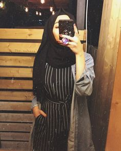 Lovely Girl Image, Cute Girl Photo, Hijabi Girl, Girl Hijab, Teenage Girl Photography, Girl Photography Poses, Stylish Girls Photos, Stylish Girl Pic, Cute Girl Poses