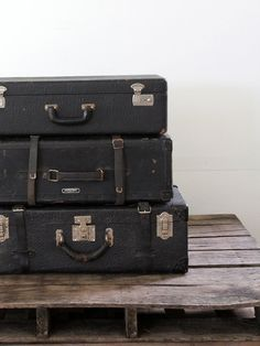Vintage Suitcase // Black Leather Luggage by 86home on Etsy, $124.00