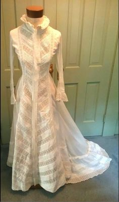 Watteau back morning or tea gown guessing late 1870s to early 1880s, but not sure