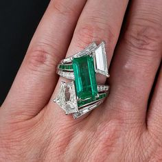 Spectacular Estate Emerald and Diamond Ring - - Lang Antiques. Emerald Jewelry, Gems Jewelry, Art Deco Jewelry, High Jewelry, Jewelry Design, Emerald Rings, Ruby Rings, Jewellery, Antique Rings