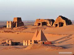 Meroe Pyramids at sunrise, Sudan  أهرامات مروى عند الشروق - السودان  http://flic.kr/p/7MxwtX   #sudan #pyramids #meroe