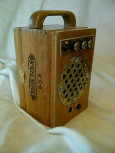 Cigar box amp with distortion