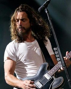 Soundgarden performs at The Joint at Hard Rock in Las Vegas #soundgarden…