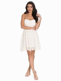 Lace Skater Dress - Nly One - Hvid - Festkjoler - Tøj - Kvinde - Nelly.com