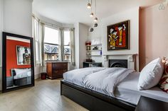 A cosy and arty 4 bedroom home in Islington, London.