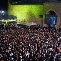 Alba dei Popoli 2013 in piazza a Otranto