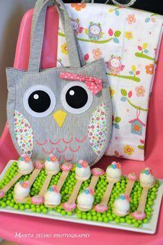 Partido do dia de Mama Coruja Mãe via Idéias do partido de Kara | KarasPartyIdeas.com # #day da mãe #owl #party #baby #shower #ideas (1)