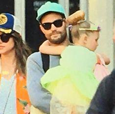 """731 Likes, 5 Comments - Jamie Dornan ITALY (@jamiedornanita) on Instagram: """"Jamie and Amelia with Dulcie today! ____ #JamieDornan #ChristianGrey #AmeliaWarner #FiftyShades…"""""""