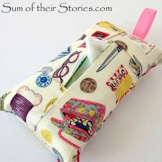Learn how to make a pocket pack tissue holder the easy way. Tutorial by Sum of Their Stories