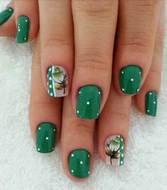 I like these nails Gel Uv Nails, Manicure And Pedicure, Acrylic Nails, Green Nails, Blue Nails, Holiday Nails, Christmas Nails, Diy Nail Designs, Sparkle Nails