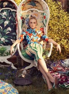 'Striking Posies' Caroline Trentini by Steven Meisel for Vogue